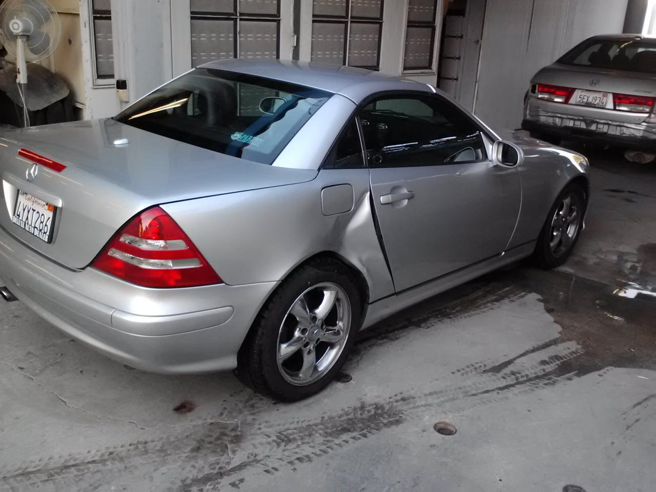 Mercedes benz with right side damage fields auto body shop for Mercedes benz auto body shop